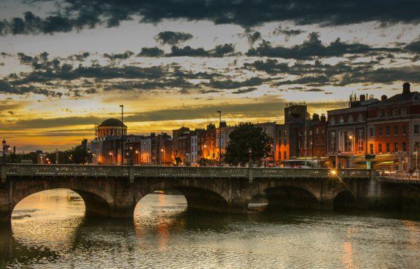 General English v Dublinu